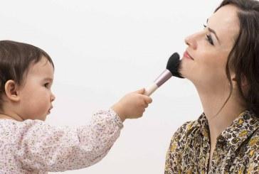 مادران افسرده، فرزندان افسرده تربیت میکنند