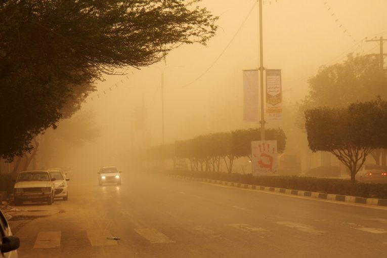 مجلس بودجهی گرد و غبار خوزستان و ایلام را حذف کرد